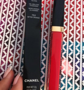 Новый Увлажняющий блеск для губ Chanel