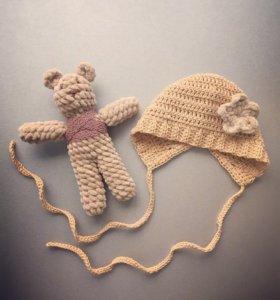 Чепчик и мишка для фотосессии новорожденных