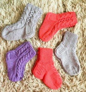 Детские носочки с ажурным узором