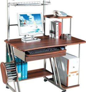 Компьютерный стол на колёсиках