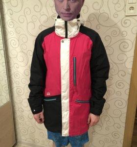Сноубордическая куртка Nitro