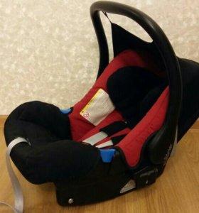 Автокресло romer baby safe