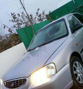 Продаю ХЕНДАЙ АКЦЕНТ конец 2004г.в. двигатель 1,6