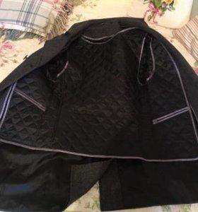 продается драповое пальто импорт в отлич состоянии
