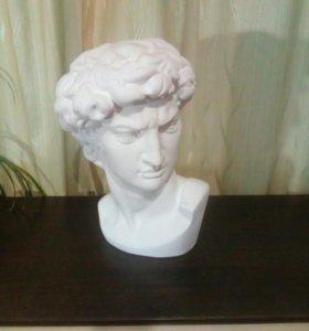 Голова Микеладжело
