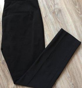 Фирменные чёрные брюки H&M р.44-46