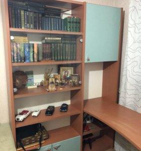 Книжный шкаф, письменный стол и тумбочка