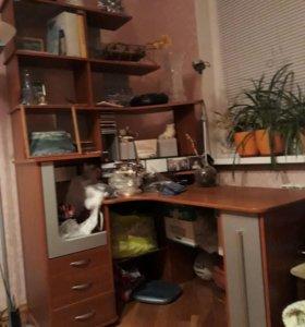 Письменный угловой стол за 5000р.до нов.г.