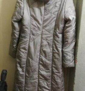 Пальто женское. Демисезон.