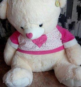 Медведь новый с биркой отличный подарок