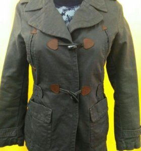 Стильная брендовая куртка
