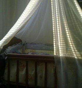 Срочно Кровать с бортиками матрасом и балдахином