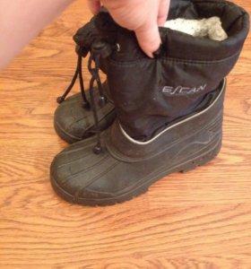 Теплые ботинки на слякоть 36 рр