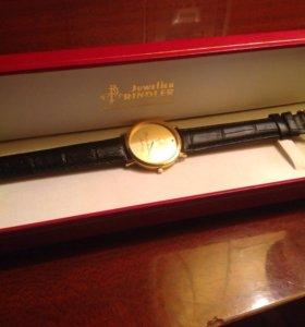 Швейцарские часы новые позолоченные