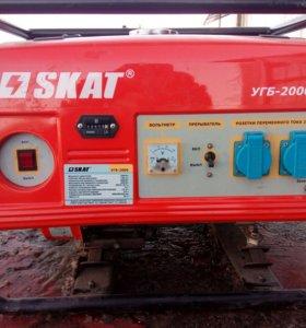 Бензиновый генератор новый