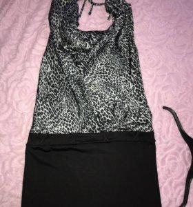 Платье, с вырезом качели
