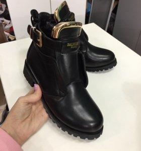 Ботинки зимние balmain