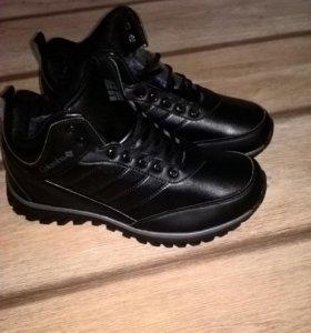 Ботинки зимние, новые!