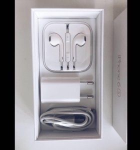 Наушники и зарядное устройство для IPhone
