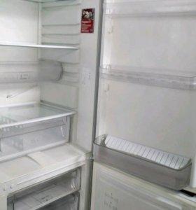 Холодильник Аристон 185см
