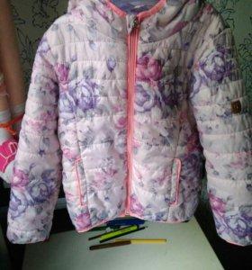 Куртка на девочку 116 см