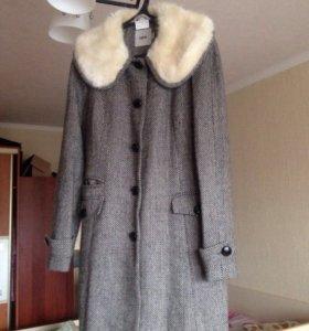 Продаю пальто asos