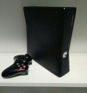 Xbox 360 4gb + freeboot
