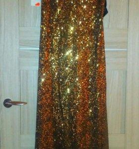 Вечерниее платье