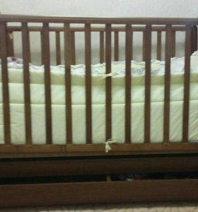 Детская кроватка маятник ( бортики в подарок)