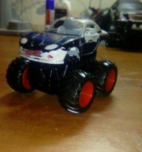 Машинка мини бикфут