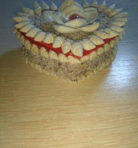 Шкатулка из ракушек для украшений