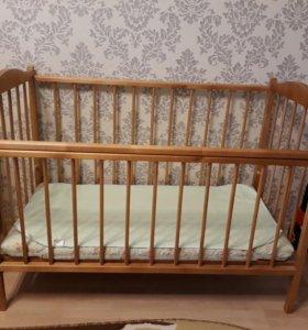 Кроватка детская, матрас, наматрасник.