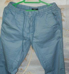 Новые брюки 46 размер