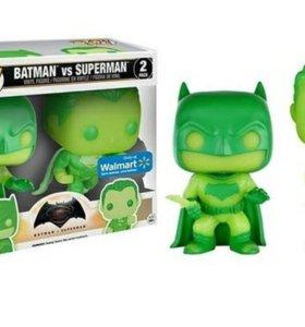Funko POP! Бэтмен vs Супермен (светятся в темноте)