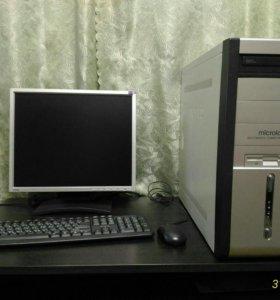 Компьютер. (Монитор, системник, клавиатура,мышка)