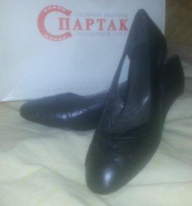Туфли женские, новые, черные, натуральная кожа