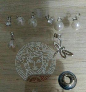 Кулончики-серебро и шарм-серебро 925