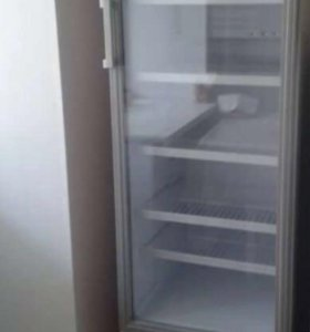 Шкаф холодильный - витрина Бирюса 310Е