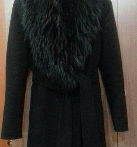 ПальтоСостояное новое!куплено за16000₽торг уместен