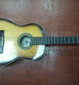 Гитара акустическая 🎸