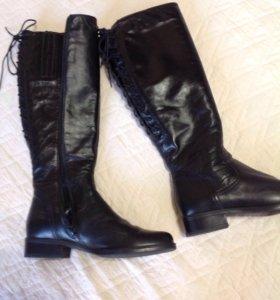 Сапоги осенние кожаные 39 размер