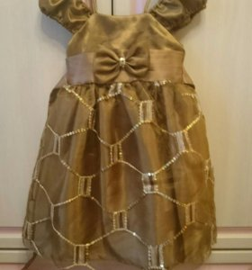 ⭐Новое нарядное платье 3-4 года