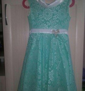 Продам платья для девочки