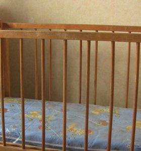Кроватка детская с матрасом,балдахином и бортиками
