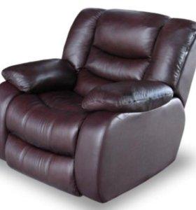Диван кожаный +2 кресла