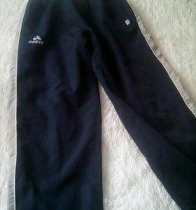 Спортивные штаны на мальчика 12-14 лет