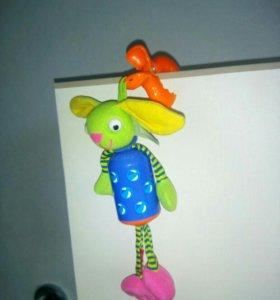 Подвесная игрушка Зайка