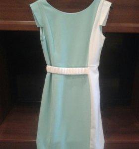 Платье 46 размер.