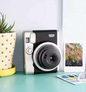 Полароид Fujifilm Instax Mini 90