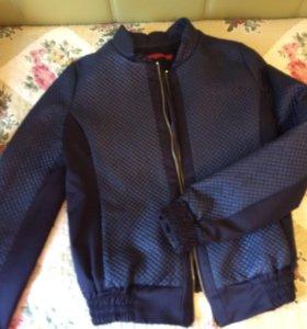 Курточка и брючки (костюм)